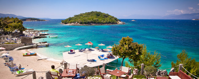 Albania Escape! 7-night B&B stay in top-rated beach hotel in Saranda + flights from Budapest and car rental for €125!