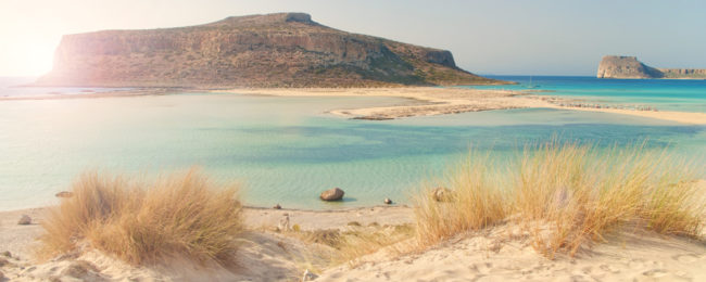 AUGUST! 7-night stay in sea view apartment in Crete + flights from Sofia from only €133!