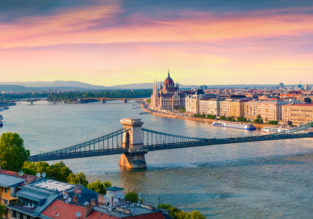 PEAK SUMMER flights from Atlanta, Minneapolis or Detroit to Budapest, Hungary for $388!
