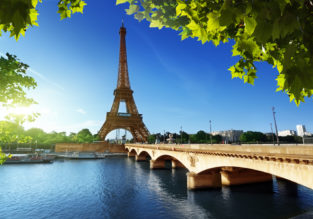 Spring & Late Summer! Cheap non-stop flights from Miami to Paris from only $298!