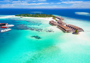 7-night stay in top-rated hotel in Maldives + non-stop flights from Kuala Lumpur for $249!