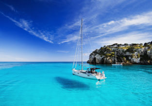 Late summer flights from East Midlands to Menorca for just £30!