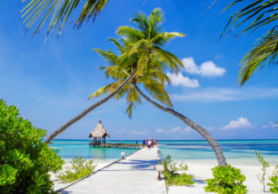 EXOTIC! Southern extreme of the Maldives: Prague or Budapest to Addu Atoll from €469!