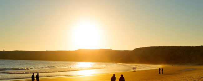 Winter escape to sunny Algarve! 7 nights in well-rated apartment + flights from UK for just £107!