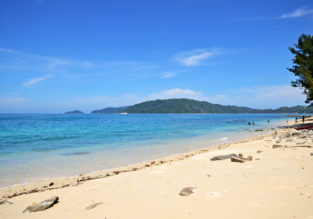 Superior double room at 4* beach hotel in Borneo for €15/ $17 per person!