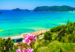 MAY! 7-night B&B stay at beachfront hotel in Corfu + flights from Milan for only €99!