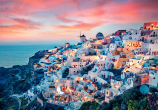SPRING: Milan to the Greek island of Santorini for just €42!