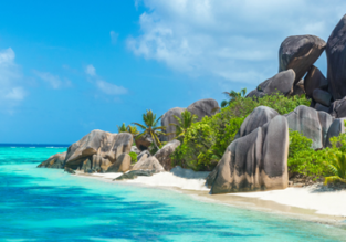 Exotic beach holiday! 7 nights in top-rated ocean view apartment in Seychelles + flights from UK for £597!