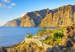 6-night stay in sea view apartment on Tenerife + flights from Manchester for only £162!