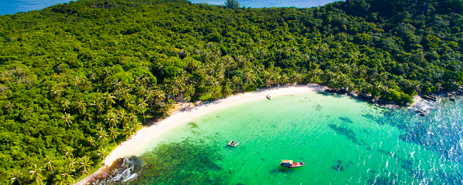 7 nights at beach bungalow in beautiful island of Phu Quoc + flights from London for only £409!