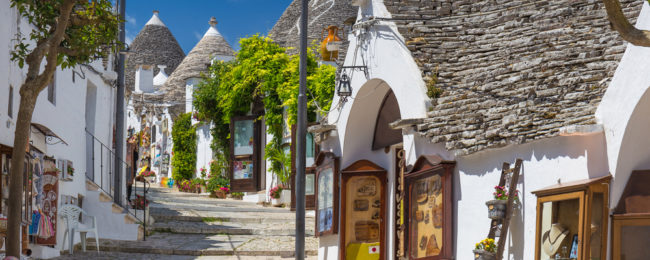 4-night B&B stay at superior room in top-rated apartment in Puglia, South of Italy + car hire & cheap flights from Switzerland for just €106!