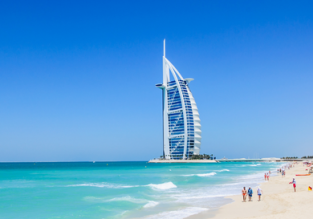 Cheap non-stop flights from Prague to Dubai for only €147 with checked bag!