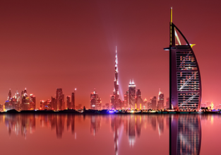 Dubai luxury getaway! 7-night B&B stay at top rated 5* hotel + rail & fly from Germany for €390!
