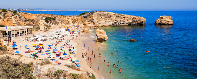 7-night stay at well-rated aparthotel in Algarve + flights from Budapest for just €131!