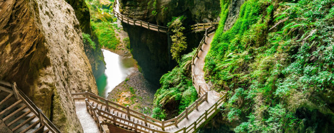 New Year! 5* Hainan Airlines non-stop flights from Budapest to Chongqing, China for only €359!