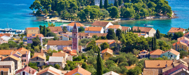 7-night stay at well-rated apartment on the Croatian coast + flights from London for just £123!