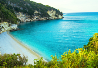 7-night stay in top-rated studio in stunning Zakynthos + flights form London for £121!