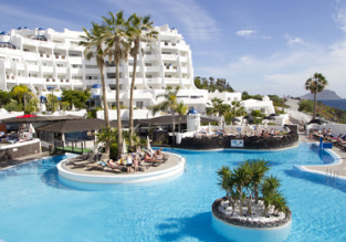 Apartment at top rated 4* seafront resort in Tenerife for only €36! (€18/ $22 per person)
