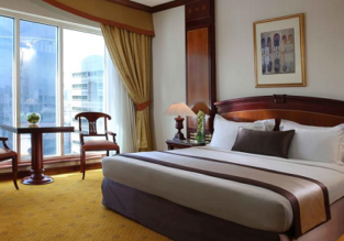 Luxurious 5* Carlton Palace Hotel Dubai for only €36! (€18/ £16 per person)