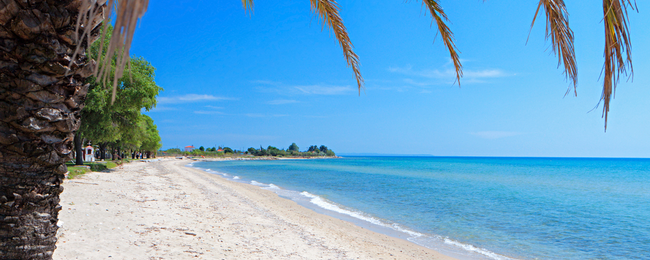 7 nights at well-rated resort in Halkidiki peninsula + cheap flights from London from just £128!