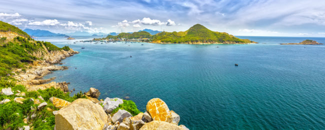 Cheap flights from Amsterdam to Hong Kong, Cambodia or Vietnam from only €338!