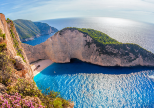 7-night stay at well-rated hotel in Zakynthos + flights from Manchester for £185!