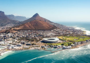 Holiday in Cape Town! 7 nights at top rated 4* hotel & flights from Italy for €474!