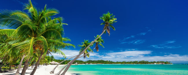X-MAS & NYE! Top-rated 4* beach resort in Fiji for only €69! (€34.5/ £30 per person)