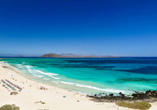 7-night stay at well-rated aparthotel on Fuerteventura + flights from London for just £176!