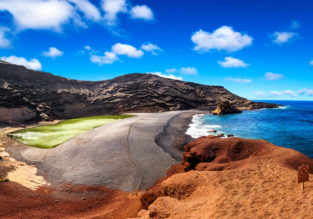 SPRING: 7 nights at well-rated aparthotel on Lanzarote + flights from London for £189!