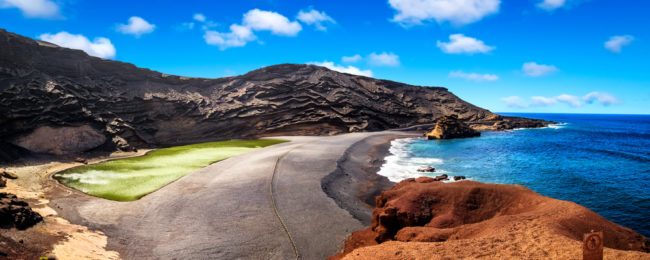 7 nights at well-rated aparthotel on Lanzarote + flights from London for £122!