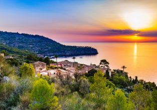 Sunny weekend in Mallorca! 3 nights at 4* hotel + cheap flights from London for just £75!
