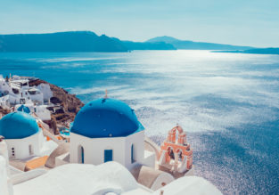 4* Santorini Spirit Hotel for just €39/night! (€19.5/ $22 pp)