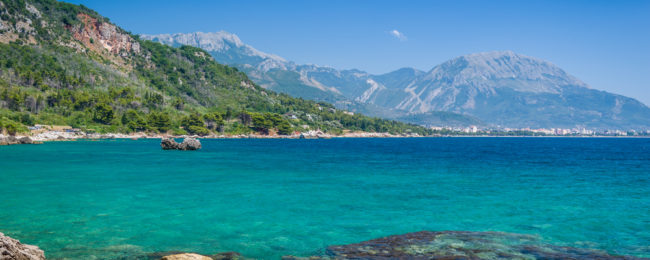 Spring break in Montenegro! 4 nights at sea view apartment + flights from Germany for €53!