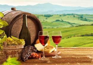 4-night B&B stay at top-rated 4* resort & spa in the Tuscany countryside + car hire & flights from London for only £122!