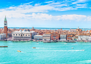 Summer! Weekend flights from Prague to Venice for only €37!