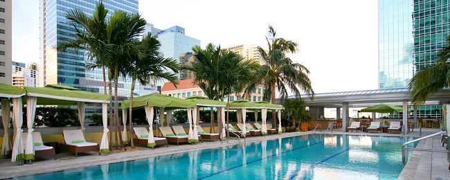 HOT! X-mas stay at 5* luxury hotel in Miami for only €57! (€29/ $33 per person)