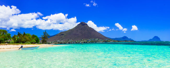 Mauritius getaway! 2 weeks at top rated seaview apartment + direct flights from Helsinki for only €435!