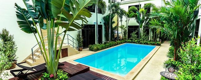 Deluxe double room at 4* hotel in Phuket for only €13.5 per person!