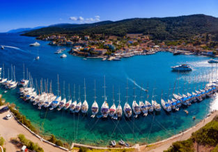 Spring break on the Greek island of Kefalonia! 4 nights at top-rated hotel + cheap flights from Frankfurt for just €87!