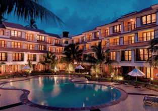 King room at 5* DoubleTree by Hilton Goa for only €44! (€22/ $26 per person)