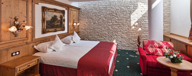 Double room at top rated 5* hotel & spa in Sighisoara, Romania for €38! (€19/ $23 per person)