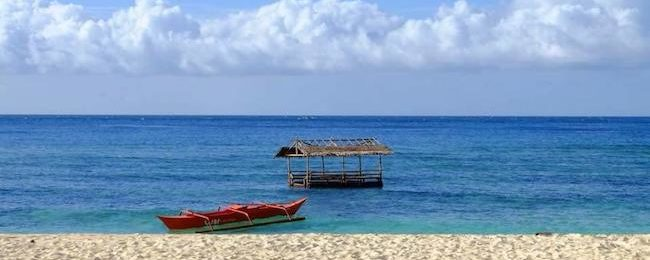 7-night stay in top-rated beachfront bungalow in Panay Island, Philippines + flights from Taiwan for $151!