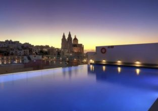 7-night stay in top-rated luxurious 4* hotel & spa in sunny Malta + flights from Germany for only €111!