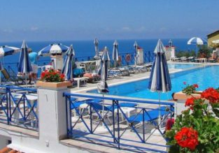 7-night stay in top-rated apartments in Corfu + spring flights from Budapest for €131!