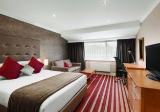 Executive room at top rated 4* Ramada Dover, England for €46! (€23/ £20 pp)