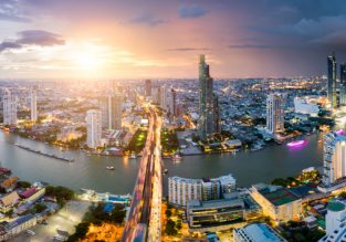 5* Ramada Plaza Bangkok Menam Riverside for only €46! (€ 23/ $26 pp)