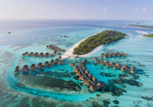 Holiday in Maldives! 7-night B&B stay at top-rated beach hotel + non-stop flights from Milan for €452!