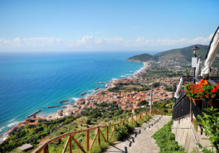 5-night stay at very well-rated resort on the Thyrrhenian Italian coast + flights from London from just £143!