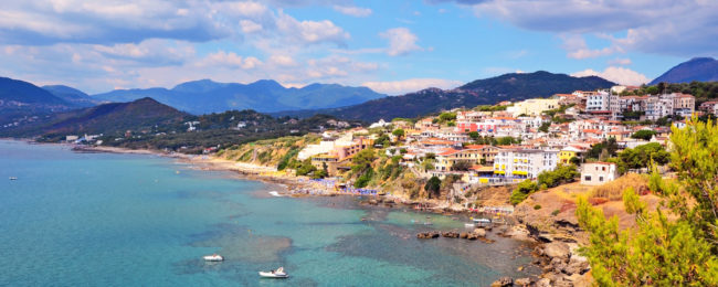 SUMMER! 7-night stay at well-rated & sea view apartment in the Tyrrenian coast, Italy + cheap flights from France for just €126!